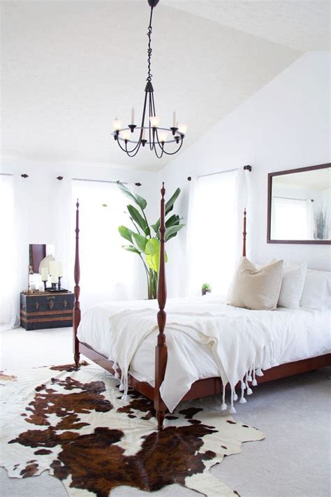 cowhide rug bedroom 25 best ideas about cowhide rug decor on cowhide rugs cowhide decor and layering rugs