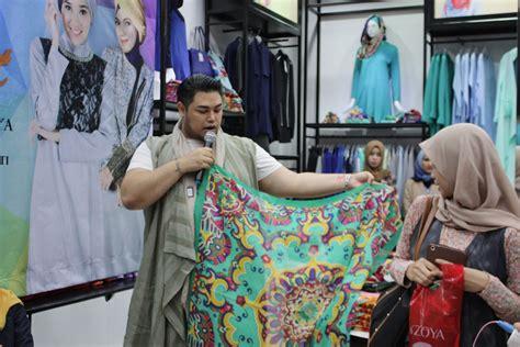 Jilbab Zoya Ivan Gunawan malang merdeka tips berbusana ala ivan