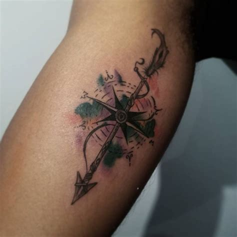 cool compass tattoos cool water color arrow and compass tattoos