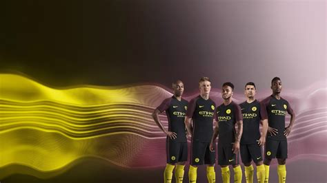Manchester City Away 2016 by Manchester City Il Nuovo Kit Away 2016 17