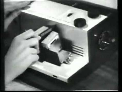 Kotak Musik Proyektor kodak 300 color slide projector commercial 1957