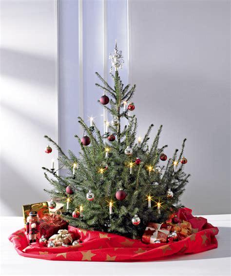 weihnachtsbaum deko decke und transportsack verschiedene