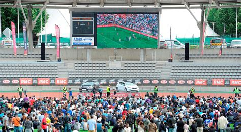 Kia Football Le Quot Kia Football Tour Rmc Quot Fait Vibrer Le Stade Charl 233 Ty