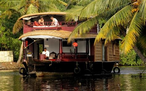kerala news houseboat 10 alleppey honeymoon houseboats for a backwaters stay