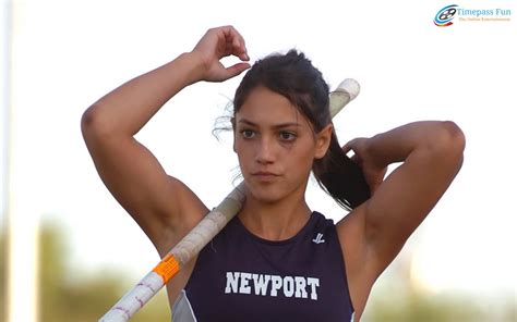 allison stokke pole vault allison stokke wallpapers the pole vaulter