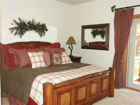 green country bedroom cozy country bedroom popular home decorating colors 2014