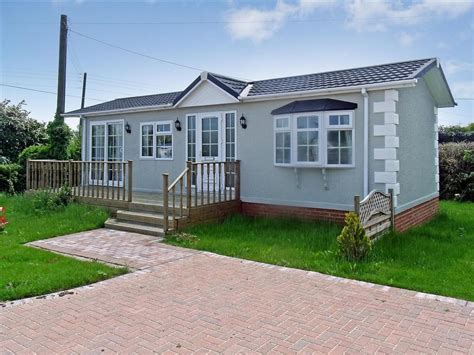 2 Bedroom Mobile Home For Sale | 2 bedroom mobile home for sale in eastchurch sheerness