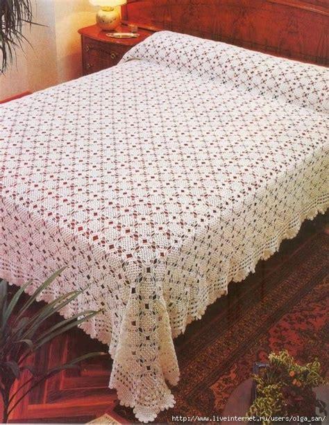 crochet coverlet pattern best 25 crochet bedspread ideas on pinterest crochet bedspread pattern granny squares and