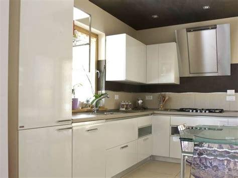 tappeto cucina su misura cucina su misura cucina scegliere la cucina su misura