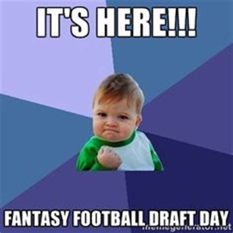 Fantasy Football Draft Meme - 1000 images about fantasy football on pinterest fantasy football fantasy football news and nfl