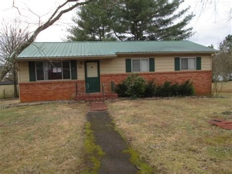houses for sale in cleveland tn cleveland tennessee reo homes foreclosures in cleveland tennessee search for reo