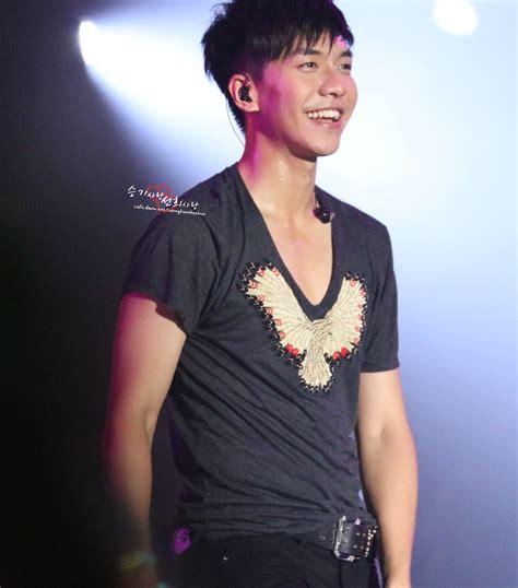 lee seung gi concert philippines lee seung gi throwback fanpics 5 everything lee seung gi