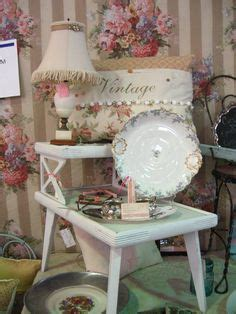shabby chic bedroom love  images about vintage a la mode on pinterest beaded purses