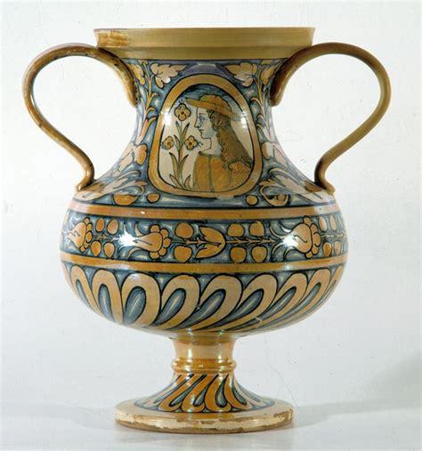 vaso deruta deruta museo regionale della ceramica vaso italian