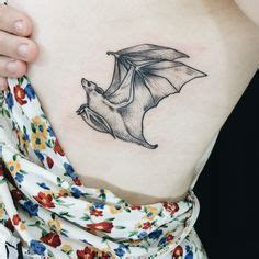 hand poke tattoo portland or hand poked bat tattoo on the ankle tatuajes en el