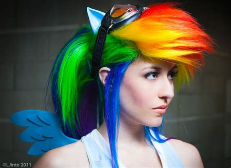 Dress Onde Rainbow hair in rainbow style for 11 fashion trend