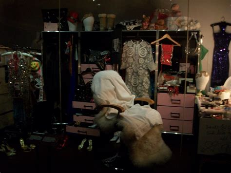 live dressing room cams minogue s dressing room by stuff123 on deviantart
