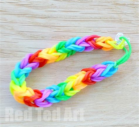 Rainbow Looms: Double Fishtail using your Fingers   Red Ted Art's Blog