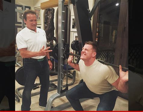 jj watt bench press arnold schwarzenegger best buddies lifting sesh