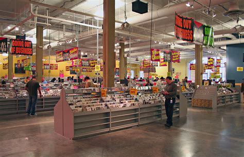 Atlanta Records Tower Records Atlanta Closing Doing A Brisk Business