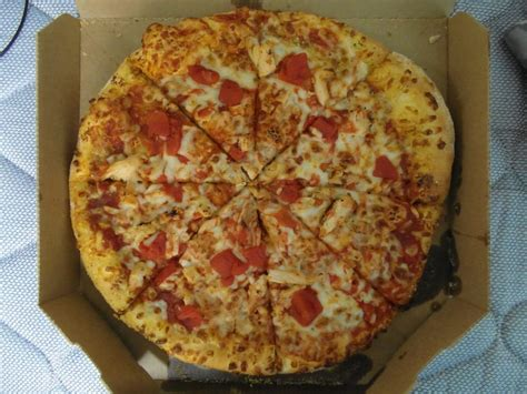 domino pizza hand tossed medium 12 hand tossed pizza with premium chicken and