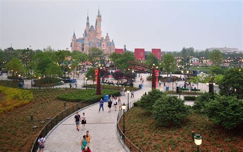 disney shanghai how much does it cost to go to shanghai disneyland