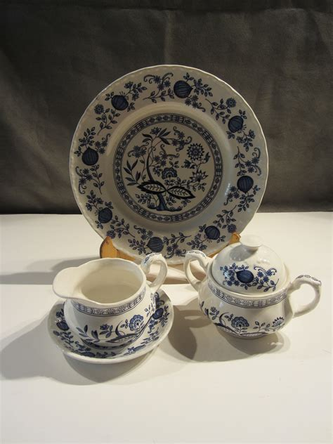 blue heritage pattern dishes price reduced beautiful vintage enoch wedgwood china set