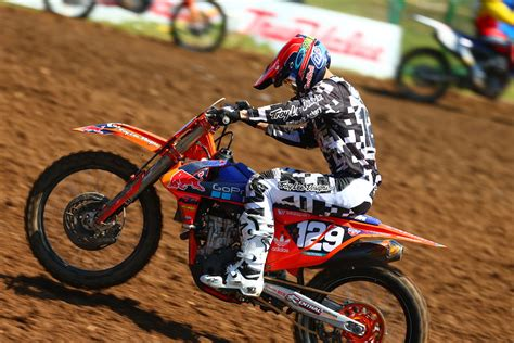 second motocross gear troy designs bull ktm s alex martin 2nd in