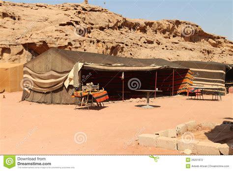 tende beduine tende beduine fotografia stock immagine di wadi corsa