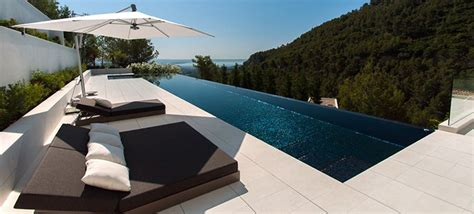 cottages to rent with swimming pools rent villas with pools around the world with homeaway