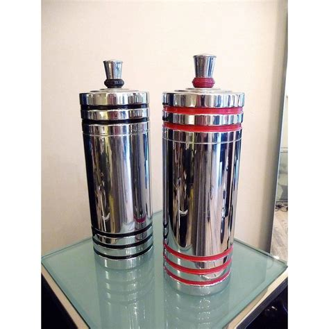 Pair Art Deco Cocktail Shakers By Chase Usa 1930s At 1stdibs