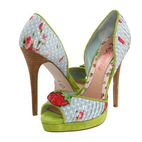 Unique Wedding Shoes by Unique Wedding Shoes Bitsy