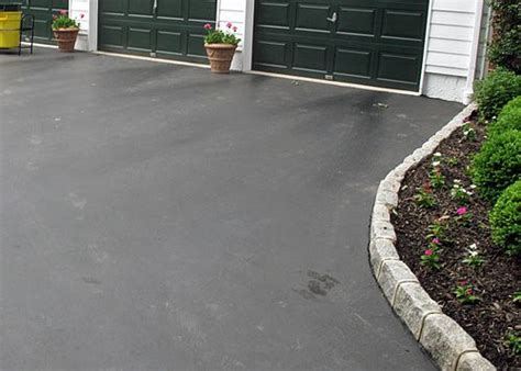 Paver Patio Edging Options Asphalt Driveway Edging With Cobblestone Pavers