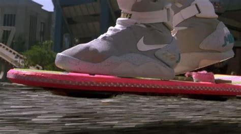skateboard volante perch 233 lo skateboard volante di ritorno al futuro ancora