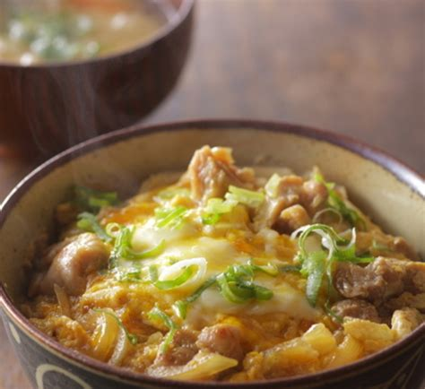 oyakodon japanese chicken and egg rice bowl recipe japan centre oyakodon chicken and egg rice bowl