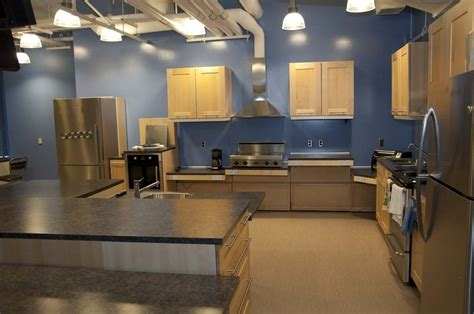Alternative To Kitchen Cabinets by Wheelchair Accessible Kitchens Wheelchair Access Kitchen