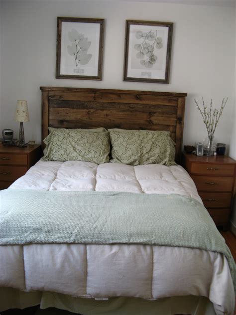 headboard of the bed ana white first project reclaimed wood look queen