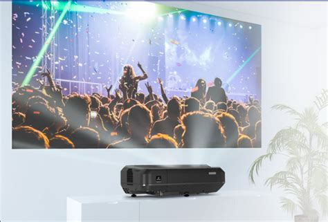 Projection Tv Ls by Epson Eh Ls100 Laser Projector Makes A Big Picture From An