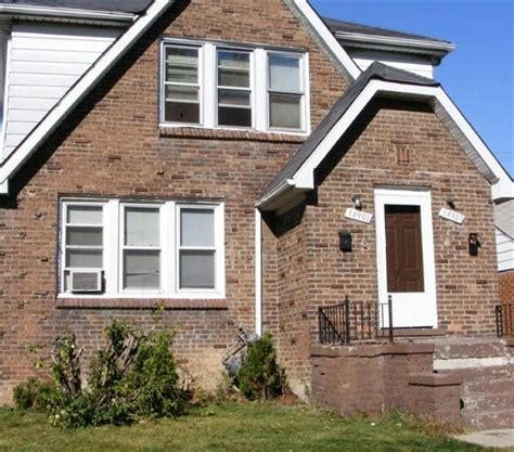 Apartments For Rent With Basement In Detroit Mi Realtor by 18666 Rd Detroit Mi 48224 2 Bedroom Apartment
