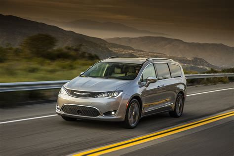 Chrysler Pacifica Recall by 2018 Chrysler Pacifica Hybrid Sales Resumed After Recall