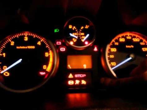 anomalia anticontaminante 206 pedal acelerador puesta a cero indicador de intervalos de servicio