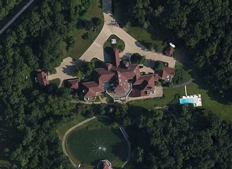50 cent sells sprawling connecticut mansion which is to be