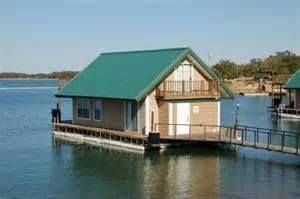 lake murray floating cabin vacation spots