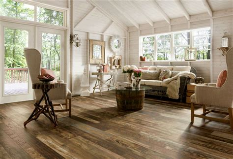 rustic ranch style house living room design with high