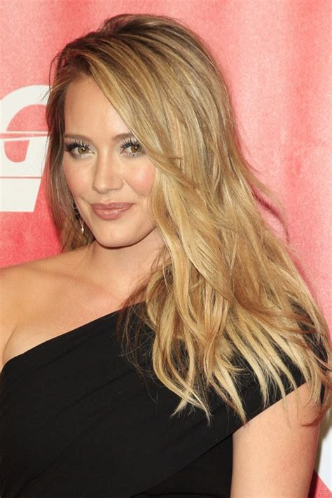 Hilary Duff Hairstyles by Hilary Duff Wavy Honey Overgrown Bangs Side Part