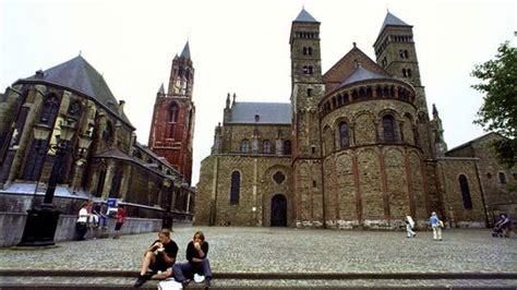 maastricht möbel visitare maastricht la pi 249 antica citt 224 olandese guida