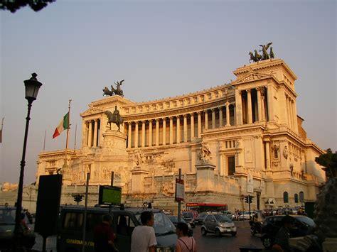 i roma roma italia yainis