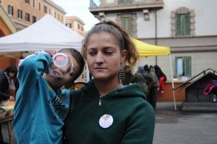 gebäude zum verkauf rom in kritischen zeiten besetzung auf italienisch mucbook