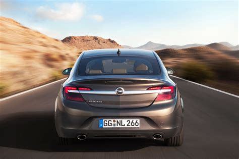 opel insignia 2014 feature spotlight 2014 opel insignia and its updated