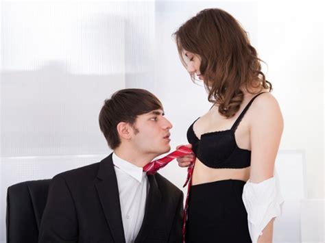 sesso in ufficio sesso 3 luoghi perfetti per una sveltina letteraf